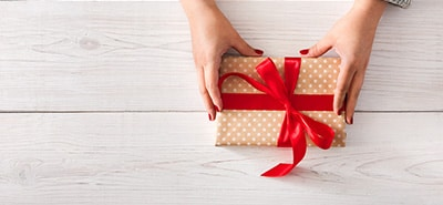 Use Personalized Marketing to Add a Festive Touch to Packages This Holiday Season