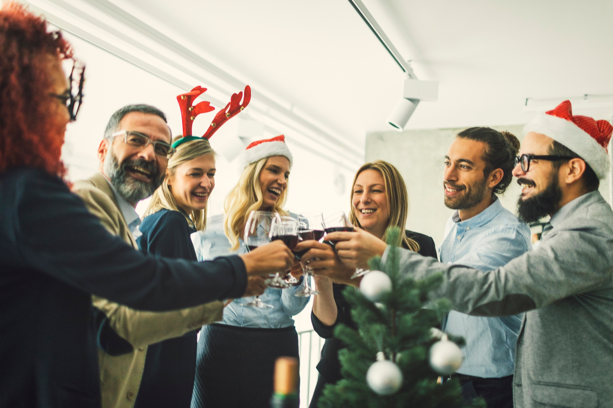 How Businesses Can Celebrate Employees This Holiday Season