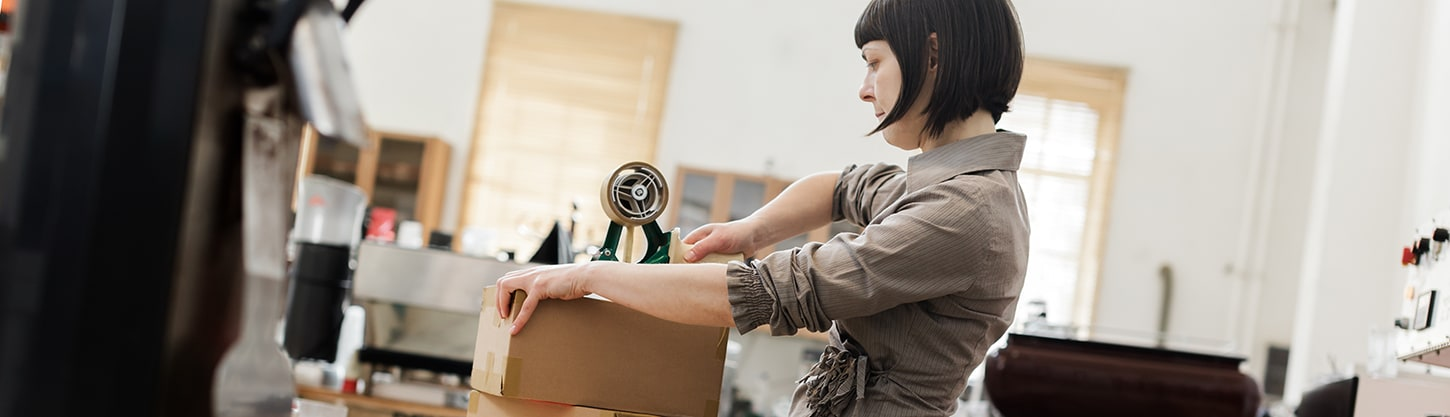 How to Reduce Shipping Costs in 10 Smart Steps