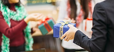 Holiday Tips: Office Gift-Giving Dos and Don'ts
