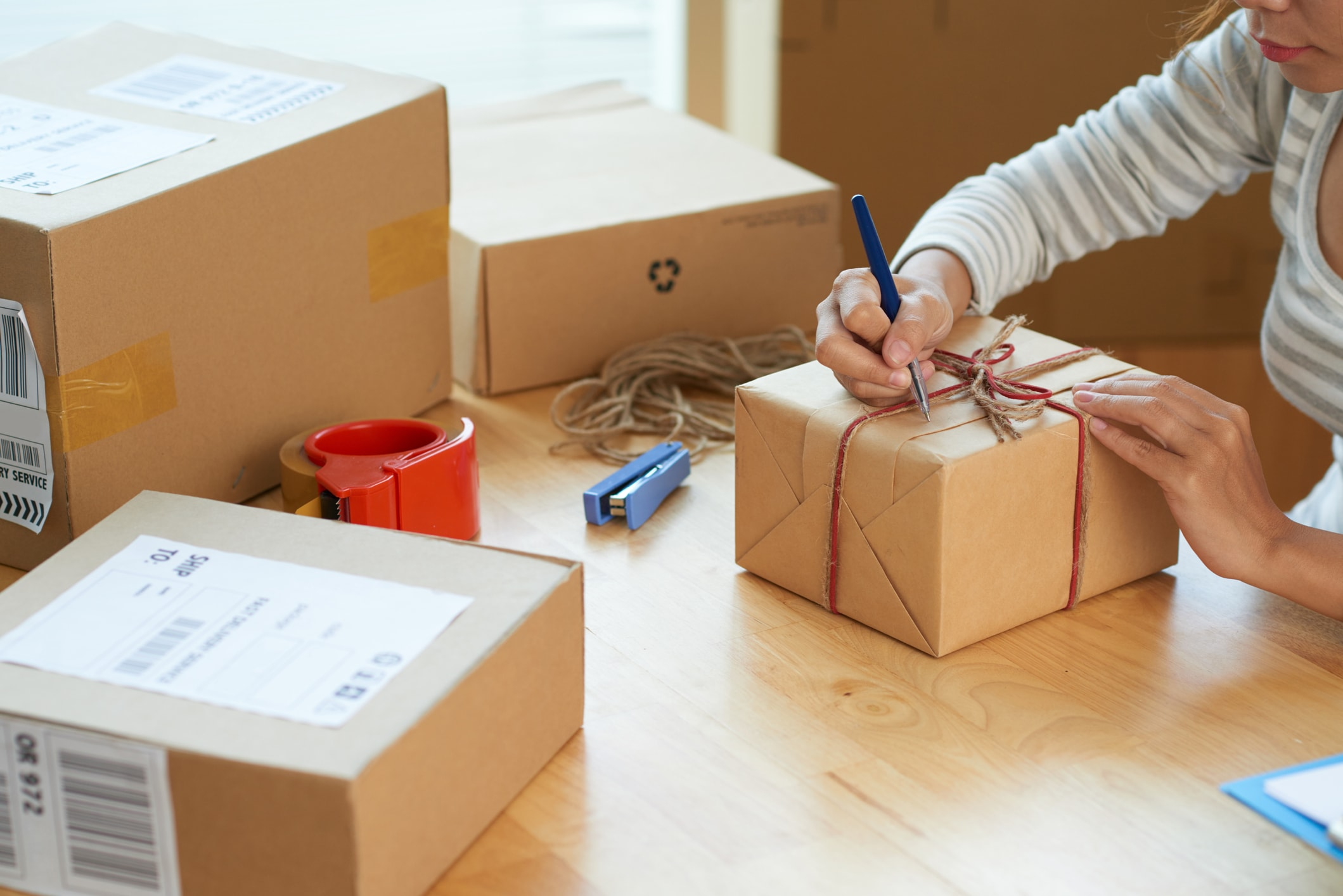 Smart Business Holiday Shipping Tips for This Short Season