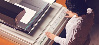 Picking Printing Services: Self-Service vs. Full-Service Printing