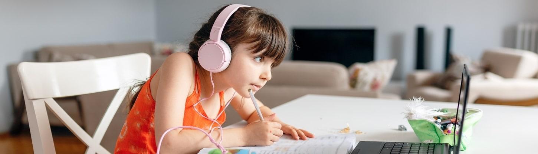 Back to School Tech for Better Hybrid Learning