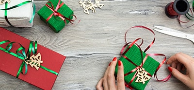 Tips for Holiday Gift-Giving in the Office